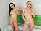Darina & Claudia screenshot #39