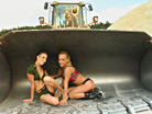 Brittney & Stefani screenshot #6