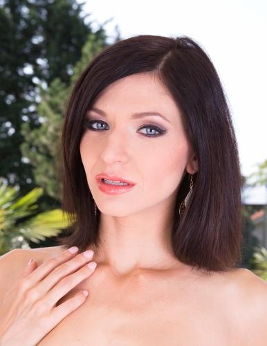 Girl Lina Arian