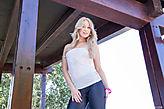Lindsey Olsen pic #4